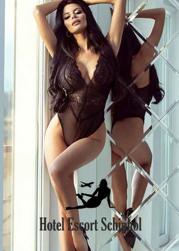 Hotel Escort Christine - Hot Schiphol Escort Girl